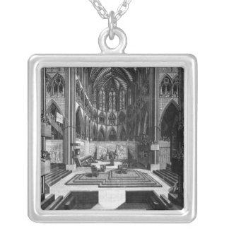 Una perspectiva de la iglesia colegial del interio collares personalizados