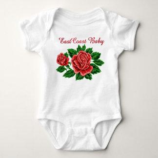 Una pieza de la flor del rosa de bebé de la costa poleras