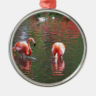 Una pieza del paraíso flamenco adorno navideño redondo de metal