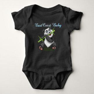 Una pieza linda del oso de panda del bebé de la poleras