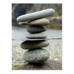 Una pila de postal de las rocas
