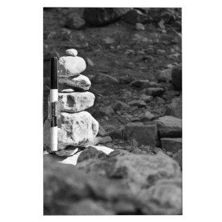 Una pila de rocas