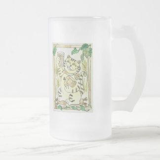 Una pinta afortunada de cerveza inglesa valiente taza de cristal