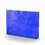 una pintura del color, azul