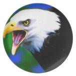 Una placa de griterío de Eagle Plato De Comida