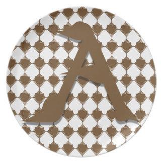 Una placa (marrón) de Dridge Plato Para Fiesta