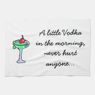 Una poca toalla de plato de la vodka