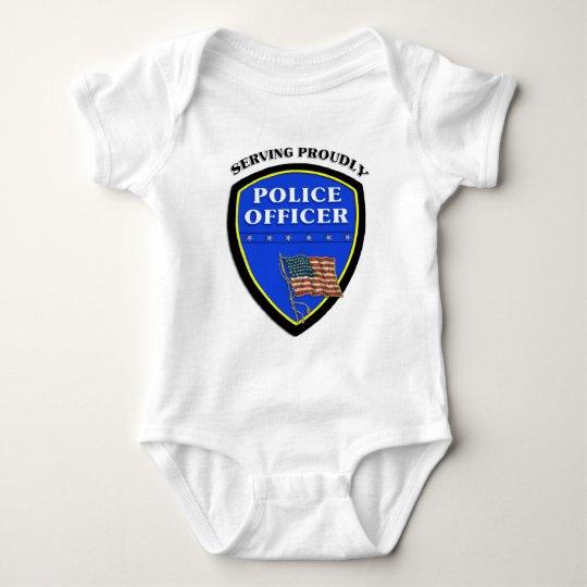 Una policía que sirve orgulloso body para bebé