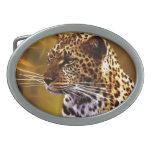 Una postura del leopardo hebilla cinturón oval
