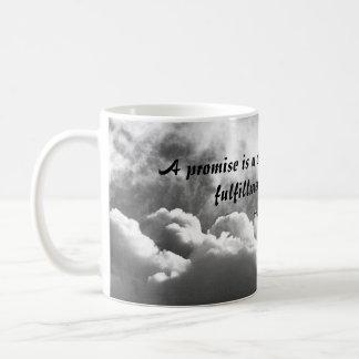 Una promesa es una taza de la cita de la nube