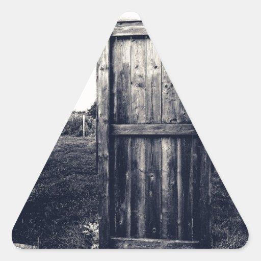 Una puerta al pasado pegatina triangular