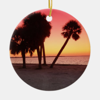 Una puesta del sol del golfo de la Florida Ornato