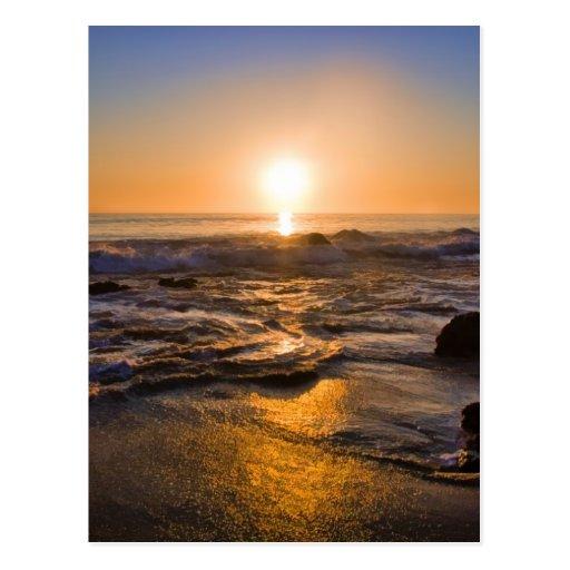 Una puesta del sol perfecta de California Tarjeta Postal