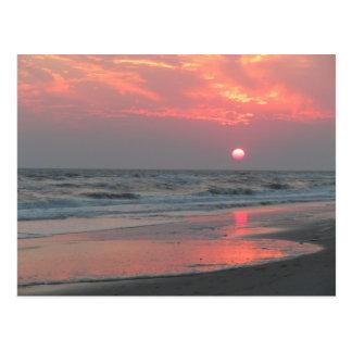 Una puesta del sol perfecta - isla del roble, NC Tarjeta Postal