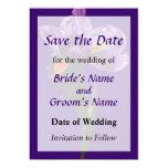 Una reserva púrpura del iris la fecha invitación 12,7 x 17,8 cm