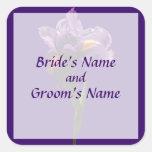 Una reserva púrpura del iris la fecha pegatina cuadrada