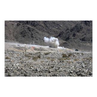 Una ronda de un pequeño lanzacohetes AT-4 Cojinete