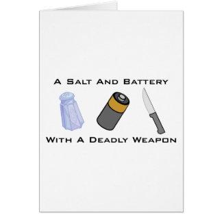 Una sal y una batería con un arma mortal tarjeton