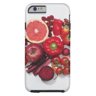 Una selección de frutas y de verduras rojas funda resistente iPhone 6