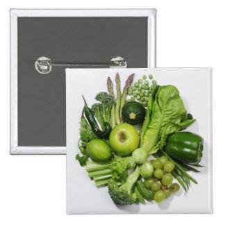 Una selección de frutas y de verduras verdes pin cuadrado