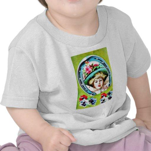Una señora adornada con las hojas santas alrededor camiseta