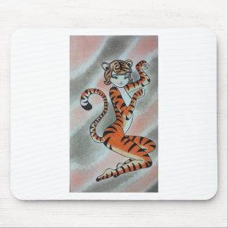 Una señora salvaje Tiger Original Tapetes De Ratón
