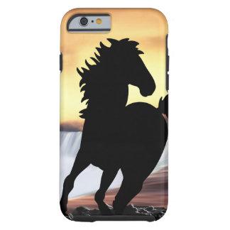 Una silueta y una cascada del caballo funda de iPhone 6 tough