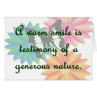 Una sonrisa caliente es testimonio de una naturale tarjeta pequeña