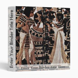 Una tapa del tronco hecha de la marfil, por Ägypti
