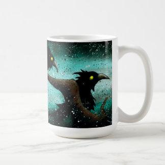 Una taza de café de un viento más frío