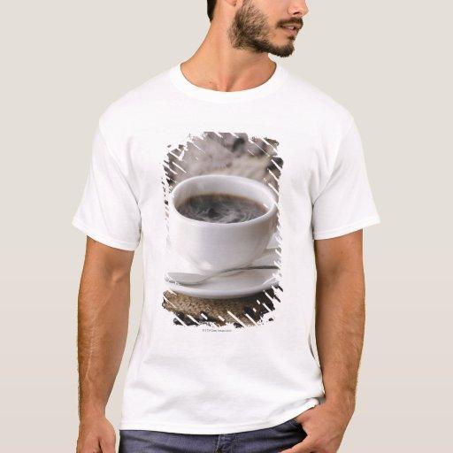 Una taza de café playera
