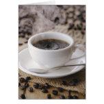 Una taza de café tarjetón