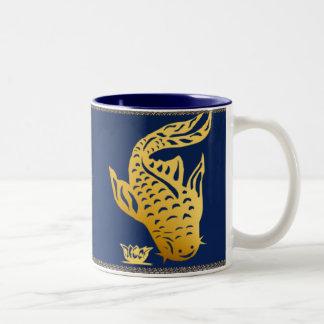 Una taza del siluro del oro