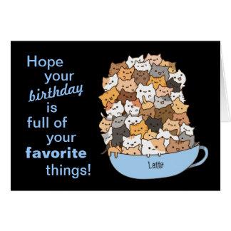 Una taza llena de tarjeta de cumpleaños de los gat