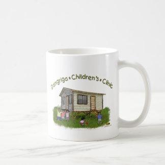 Una taza más grande de la clínica de los niños de