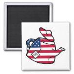 Una tetera en colores de la bandera americana imán cuadrado
