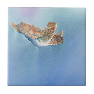 Una tortuga de mar del vuelo de las tortugas azulejo cuadrado pequeño
