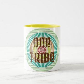 Una tribu taza de dos tonos