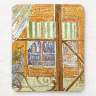 Una ventana de la carnicería de cerdo de Vincent Alfombrillas De Ratones