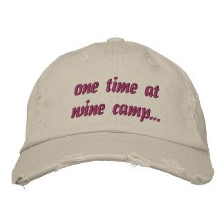 Una vez en el gorra del campo del vino… gorra bordada