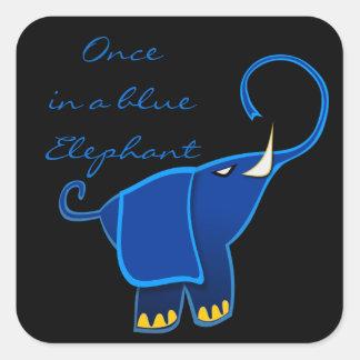 Una vez en un elefante azul calcomanías cuadradass personalizadas