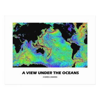 Una visión debajo de los océanos (mapa del mundo d postales