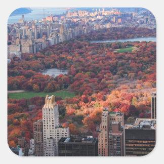 Una visión desde arriba: Otoño en el Central Park Pegatina Cuadrada