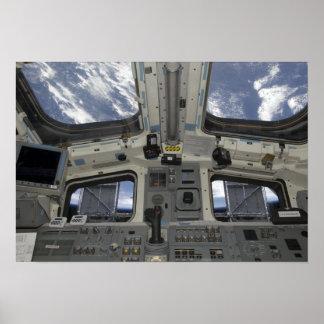 Una visión por dentro de la cubierta de vuelo póster