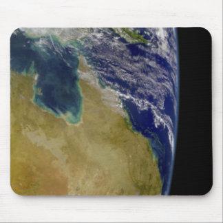 Una vista parcial de la tierra que muestra Austral Alfombrillas De Ratones