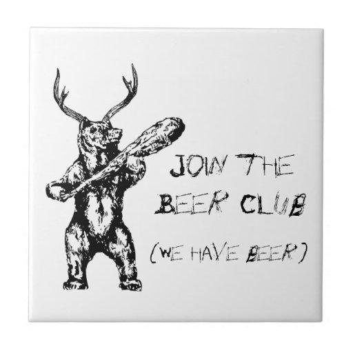Únase a al club de la cerveza teja