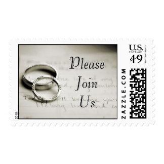 Únase a por favor nos los anillos de la bodas de timbres postales