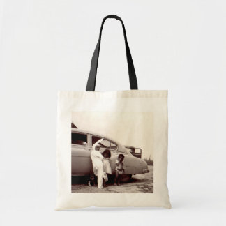 Uncle in bunny suit tote w/ blk handle tote bag