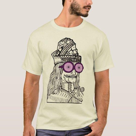 Uncle Vlad the evul ge-nius! T-Shirt