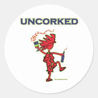 UNCORKED - alcohol de la celebración Pegatina Redonda